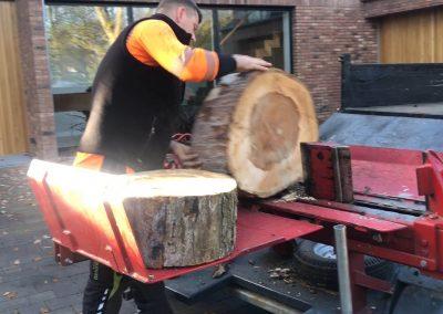 12112018 wood splitting 4